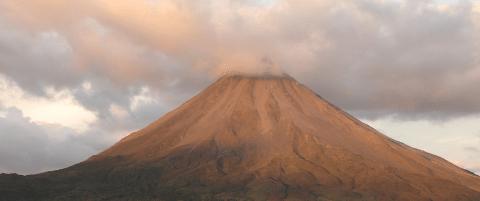 Arenal-VolcanoAndHotSprint