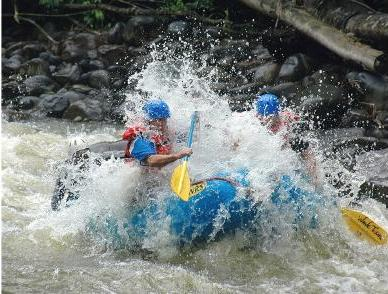 CRSarapiqui-River-Rafting-Class-III-and-IV