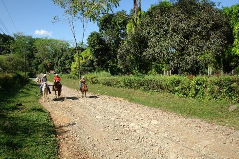 horseback_riding_manuel_antonio_costarica